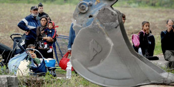 Un campement de Roms établi sur un terrain appartenant à l'Etat et à la communauté urbaine de Lille a été évacué jeudi 9 août à Hellemmes, dans l'agglomération lilloise.