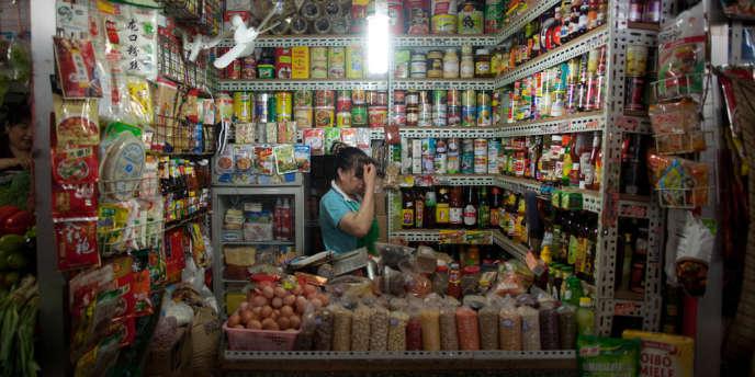 Epicerie dans un marché couvert de Pékin. L'inflation a ralenti à 1,8 % sur un an en juillet 2012.