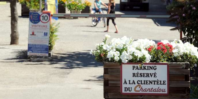 Entrée d'un camping à Saint-Didier-sous-Aubenas, le 10 août.