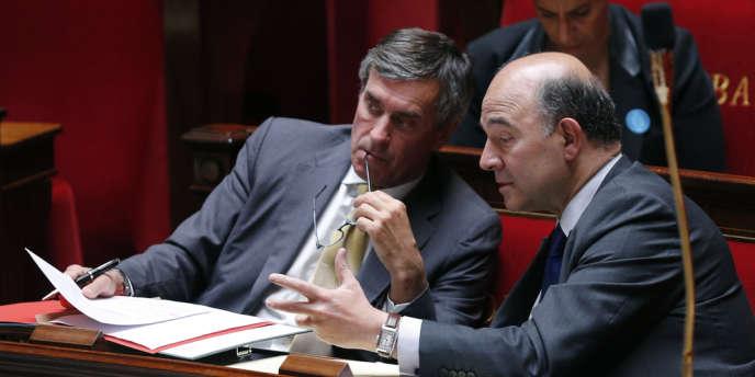 Jérôme Cahuzac et Pierre Moscovici, lors de l'examen de la loi de finances rectificative 2012 à l'Assemblée nationale, le 16 juillet.
