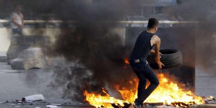 Ce n'est pas encore la place Tahrir ou la révolte en Syrie. Mais les manifestations, des plus éclair aux plus durables, témoignent d'un malaise au Liban.