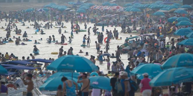 La plage de Beidaihe, à 100 kilomètres à l'Est de Pékin, le 6 août 2012.