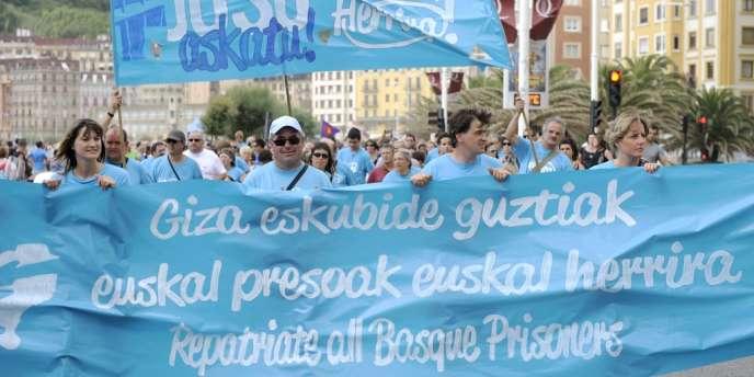 Marche à San Sebastian, dans le nord du Pays basque espagnol, en soutien aux prisonniers du groupe indépendantiste ETA, le 11 août.