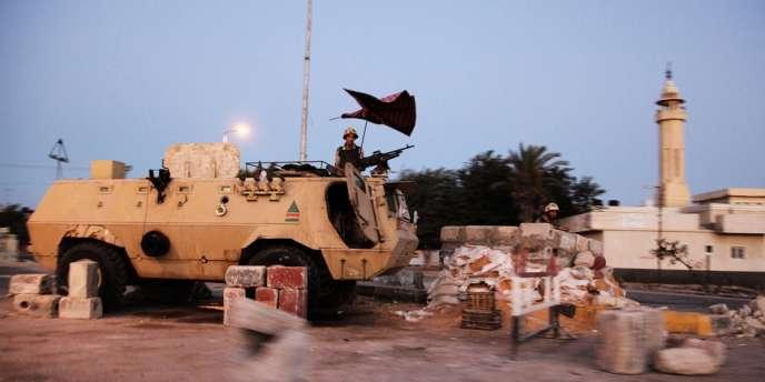 L'armée égyptienne a déclaré samedi avoir tué 32