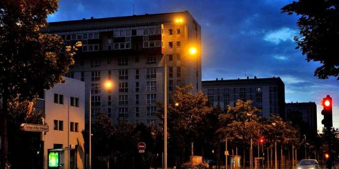 La ville d'Amiens a passé mercredi 17 août une deuxième nuit sous la surveillance accrue des renforts policiers mis en place la veille et maintenus.