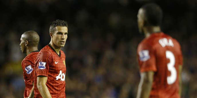 Robin van Persie et ses nouveaux coéquipiers mancuniens ont perdu face à Everton.