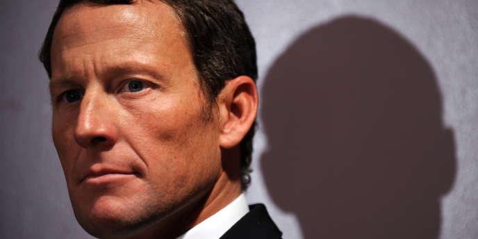 Les auteurs d'une enquête sur les turpitudes de Lance Armstrong, spécialistes du dopage sur le Tour de France, livrent leur expertise sur le dénouement de l'affaire Armstrong.