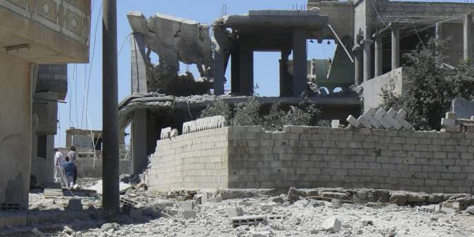 Les restes d'une maison après un bombardement près de Deraa, le 21 août.