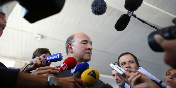 Pierre Moscovici, accompagné de Benoît Hamon, le 29 août 2012.
