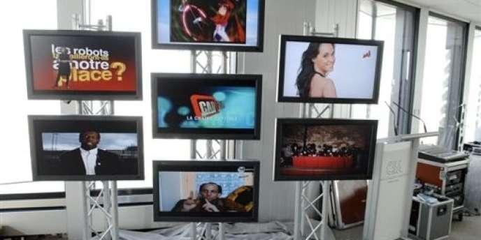 Le Conseil supérieur de l'audiovisuel, qui désignera prochainement les PDG de l'audiovisuel public, passera de neuf à sept membres, et leur nomination associera davantage le Parlement.