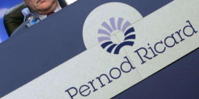 Pernod Ricard possède dans son portefeuille la marque Royal Salute, créée en 1953 par Chivas Brothers pour fêter le couronnement d'Elizabeth II (Ici Patrick Ricard, président du conseil d'administration).