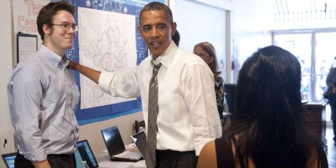 Barack Obama en Virginie avec des volontaires, le 29 août.