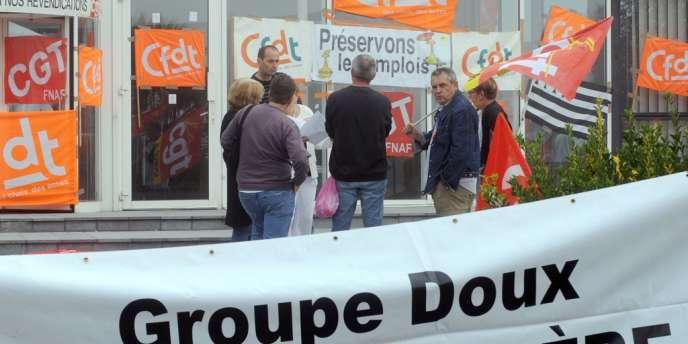 Les employés de Doux manifestent le 23 août.