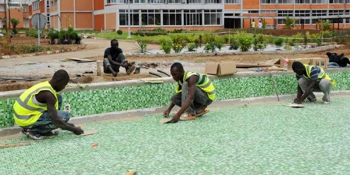 L'Afrique recherche des investissements qui apporteront aux chefs d'entreprises africains les moyens de leurs projets et persuaderont les épargnants locaux que les actions sont de meilleurs placements que l'immobilier ou les produits de taux.