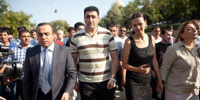 L'officier azéri au cœur de la controverse Ramil Safarov, lors d'une cérémonie en mémoire des martyrs, à Bakou, le 31 août.