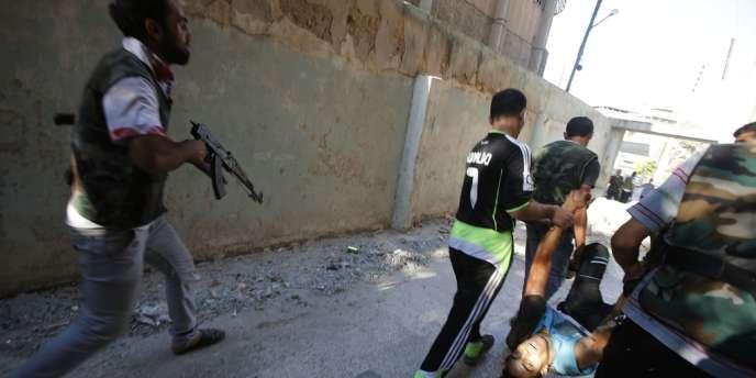 Lakhdar Brahimi, le nouveau médiateur de l'ONU et de la Ligue arabe en Syrie, a déploré un nombre