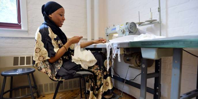 La créatrice Nzinga Knight dans son atelier.