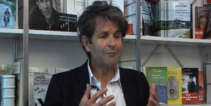 Lionel Duroy publie