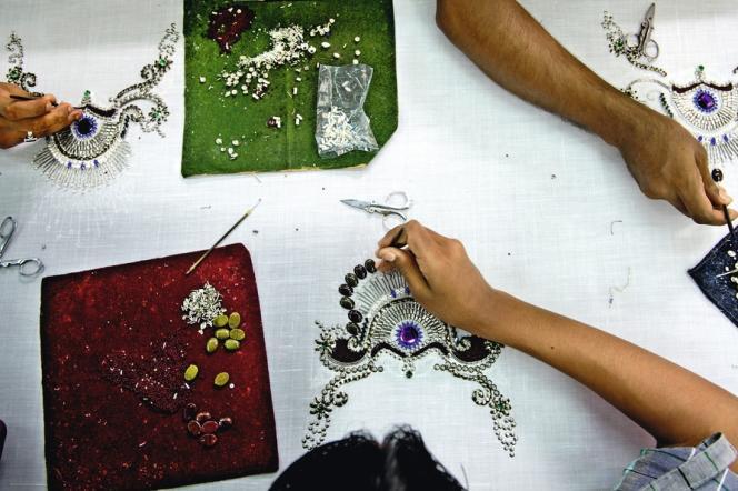 Dans l'atelier d'Ali Raza, l'un des artisans les plus créatifs de Mumbai.