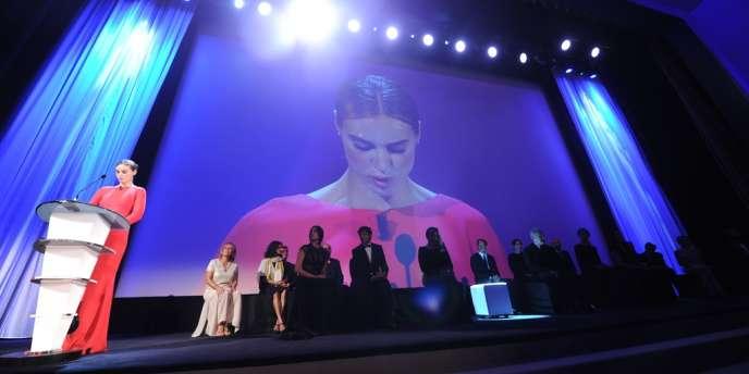 La presse italienne s'est fait l'écho des sempiternelles polémiques sur les choix du jury du Festival de Venise, qui a décerné samedi soir le Lion d'or au film Pieta, du Sud-Coréen Kim Ki-duk.