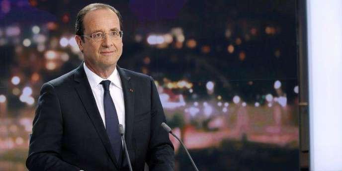 François Hollande sur le plateau de TF1.