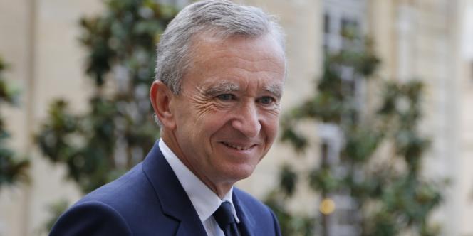 Le multimilliardaire français Bernard Arnault a demandé la double nationalité franco-belge.