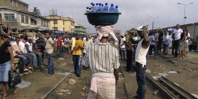 Pure Life, la nouvelle gamme de Nestlé, est l'eau en bouteille la plus vendue au monde.