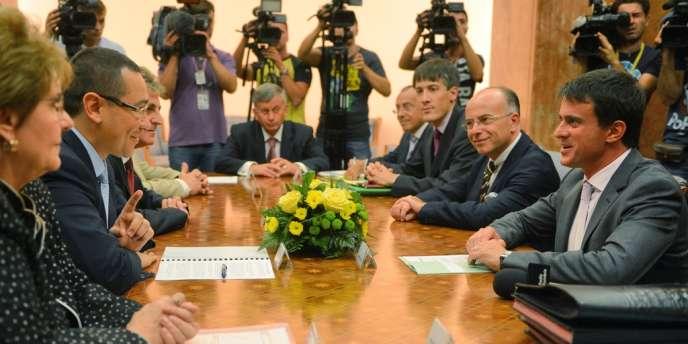 Le premier ministre roumain, Victor Ponta, a rencontré à Bucarest le ministre de l'intérieur français, Manuel Valls, et le délégué aux affaires européennes, Bernard Cazeneuve, en visite à Bucarest.
