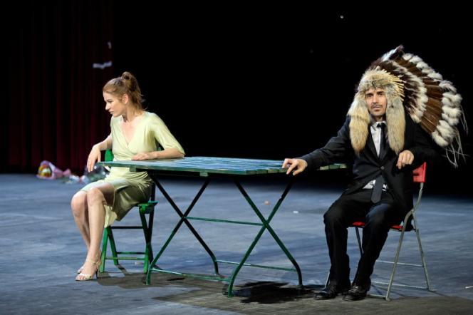 Dörte Lyssewski (la femme) et Jens Harzer (l'homme) dans la pièce de Peter Handke,