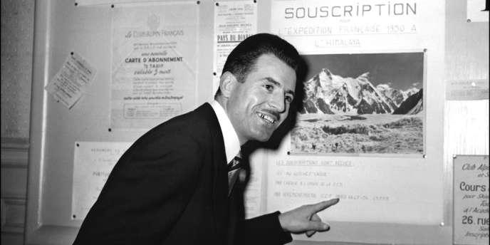 L'alpiniste Maurice Herzog, le 25 janvier 1950, quelques mois avant son ascension de l'Annapurna.