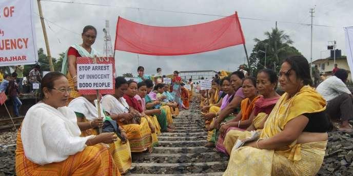En juillet 2012, le Bodoland s'était embrasé. Des manifestants avaient alors protesté contre l'arrestation de Pradeep Brahma, l'un des leaders des Bodos.