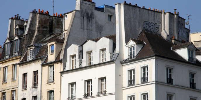 Façades parisiennes dans le centre de la capitale.