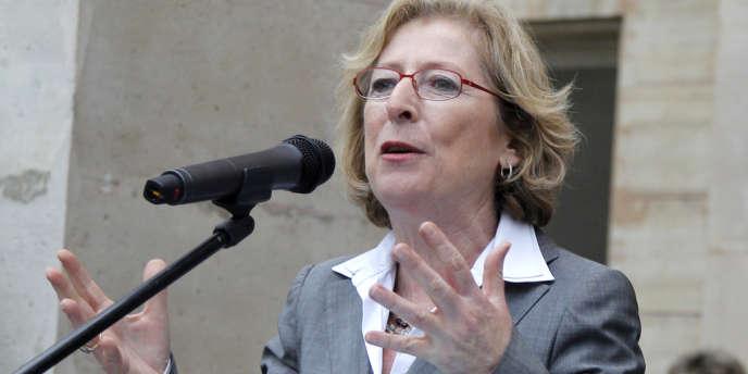 La ministre de l'enseignement supérieur et de la recherche, Geneviève Fioraso, lors de sa prise de fonction, le 17 mai.