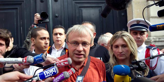 Jean-Pierre Mercier, le délégué CGT, et Tanja Sussest, déléguée du SIA (Syndicat majoritaire à Aulnay), à leur sortie de l'Elysée, jeudi 20 septembre.