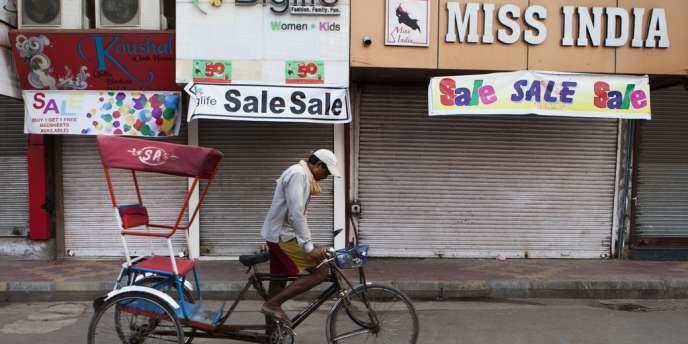 L'Inde est touchée par une grève des petits commerçants opposés à une réforme permettant l'ouverture du commerce de détail aux géants mondiaux de la grande distribution. Ici à New Delhi, le 20 septembre.