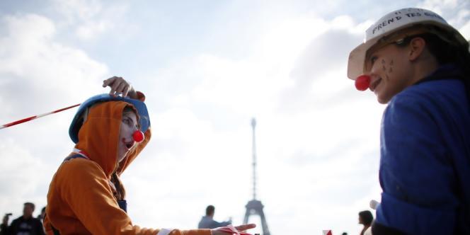 Lors de la mobilisation parisienne contre le gaz de schiste, le 22 septembre.