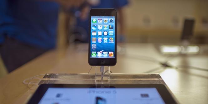 Apple annonce avoir vendu cinq millions d'iPhone 5 depuis son lancement, le 21 septembre.