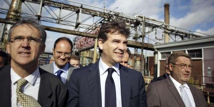 Arnaud Montebourg, ministre du redressement productif, a assuré devant l'assemblée générale des salariés de Petroplus le soutien du gouvernement au processus de reprise de l'entreprise.