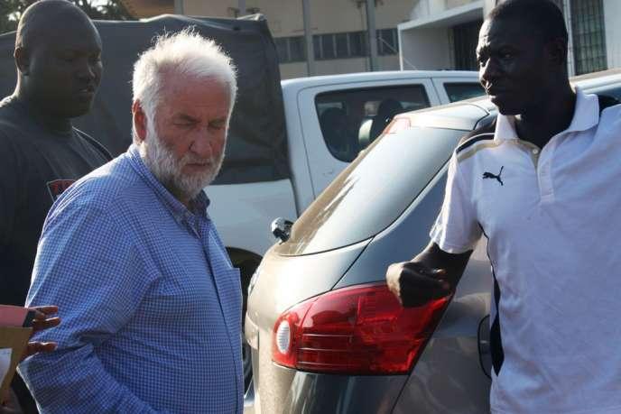 Loïk Le Floch-Prigent à son arrivée au tribunal de Lomé, le 17 septembre 2012.