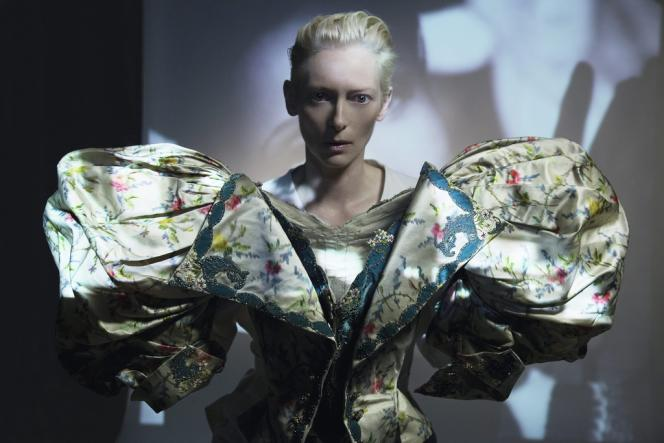 Corsage Au Bon Marché  porté en 1896 par la danseuse Cléo de Mérode, modèle de Degas et de Toulouse-Lautrec.