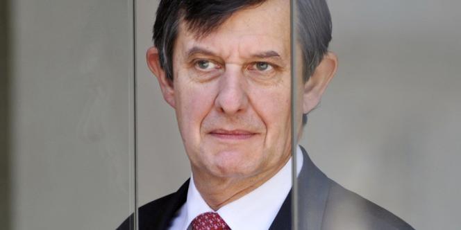 Jean-Pierre Jouyet annonce la signature d'un accord, jeudi 13 juin, avec la Banque européenne d'investissement (BEI) pour soutenir l'activité et la croissance en France.