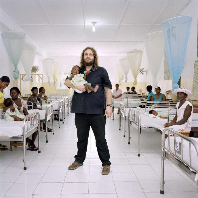 Haïti, 2011. Rémi Orsier travaille pour l'ONG suisse Terre des hommes, qui a mis en place un programme de lutte contre la malnutrition dans le sud d'Haïti.