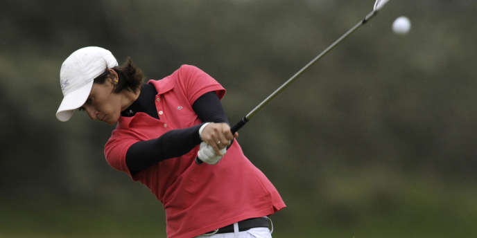 Anne-Lise Caudal, à l'Open de golf de Southport, le 30 juillet 2010.
