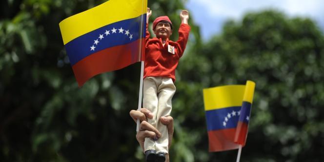 A la mi-journée, la participation était très importante au Venezuela.