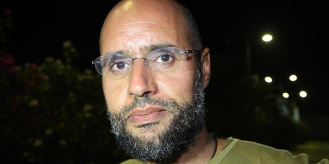 Saïf Al-Islam est actuellement détenu par une milice de la ville de Zentane, dans l'ouest de la Libye (photo prise à Tripoli le 23 août 2011).