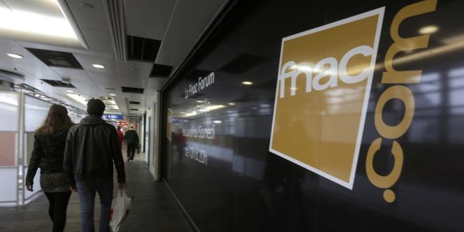 La Fnac possède huit magasins en Italie et y emploie 573 personnes.