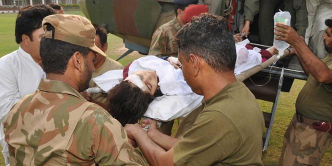 Malala Yousufzai a été attaquée en plein jour par des combattants du Mouvement des talibans du Pakistan devant son école de Mingora, la principale ville de Swat.