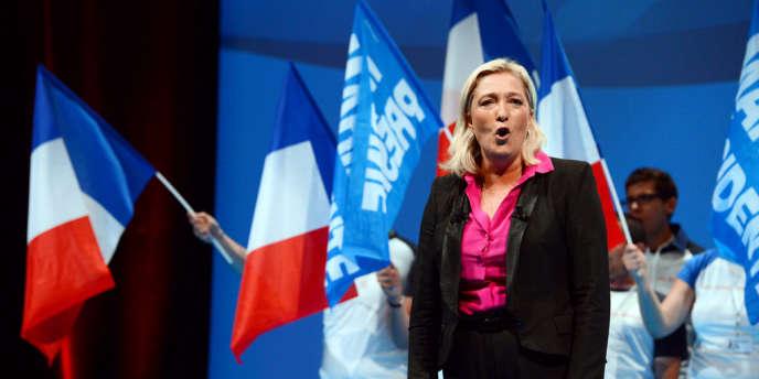 Marine Le Pen pendant le congrès FN du 23 septembre 2012 à La Baule.