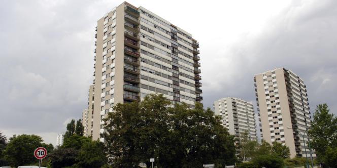 La cité des Larris de Fontenay-sous-Bois, en juin 2006, où deux jeunes femmes ont été violées en 1999 et 2000.
