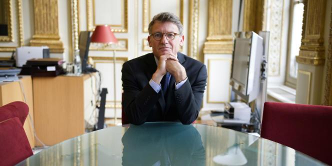 Vincent Peillon au ministère de l'éducation nationale le 26 septembre.